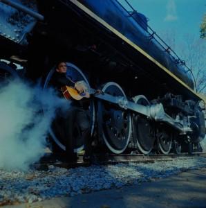 Johnny Cash dedicó diversas canciones e incluso algún disco a los trenes. Foto: marshallmatlock.
