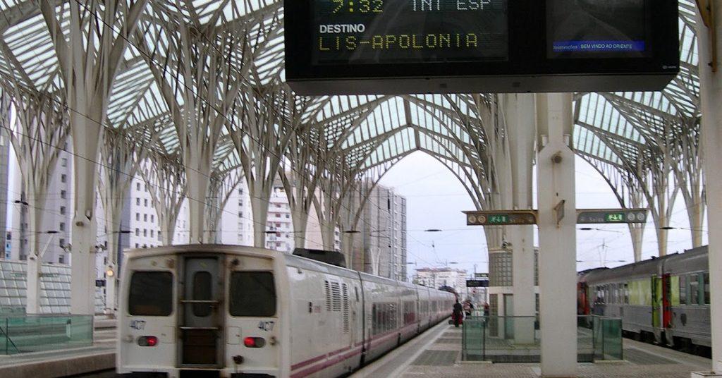 Trenhotel Lusitania en Lisboa-Oriente. Foto: Néstor García-Paje Alonso.
