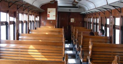 Interior del Tren de la Fresa