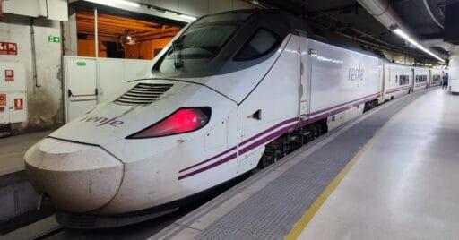 Los trenes Alvia se verán afectados por el nuevo sistema de billetes de Renfe