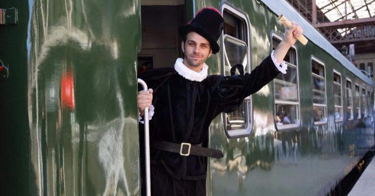 Tren de Felipe II en Príncipe Pío. © ALSA.